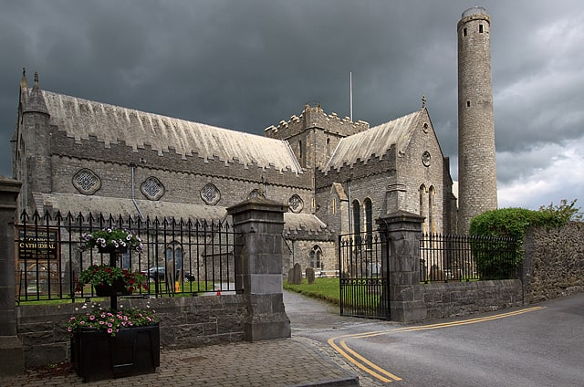 St Canice's Cathedral & Round Tower